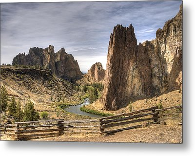Smith Rocks State Park Metal Print by Arthur Fix