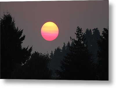 Metal Print featuring the photograph Smokey Sunrise by E Faithe Lester