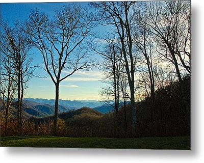 Metal Print featuring the photograph Smoky Mountain Splendor by Dee Dee  Whittle