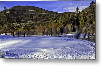 Snow Fence Fall River Road Metal Print by Tom Wilbert