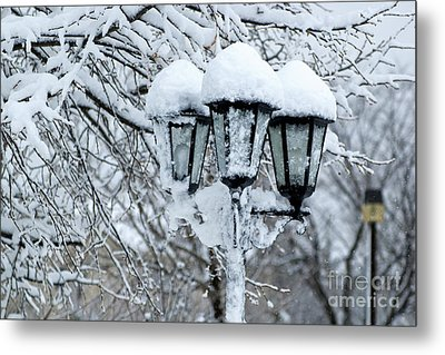 Snow On Lamps Metal Print by Jessie Parker