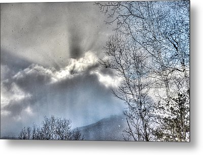 Metal Print featuring the photograph Snow Rays by Craig T Burgwardt