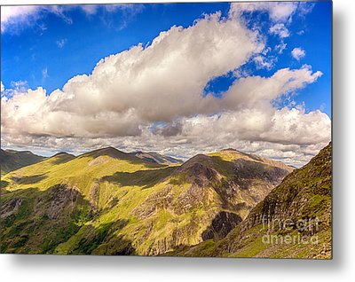 Snowdonia Metal Print by Jane Rix