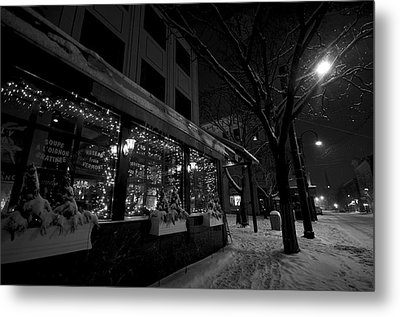 Snowy Night In Burlington Metal Print by Mike Horvath