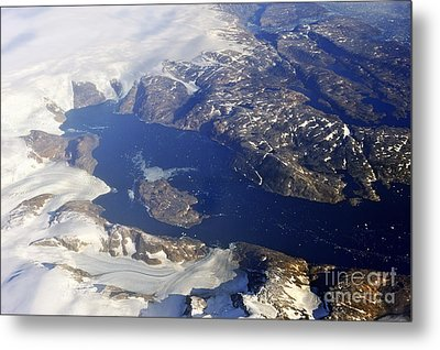 Snowy Rocky Coastline And Floating Icebergs On Ocean Metal Print