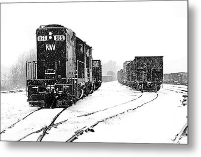 Metal Print featuring the photograph Snowy Yard by Mike Flynn