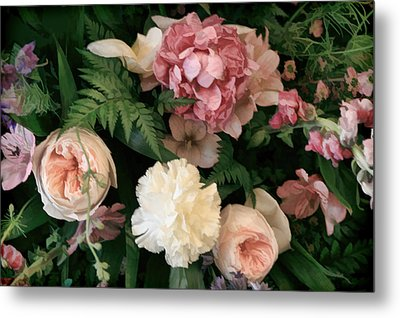 Soft Floral Bouquet In Pink Metal Print by Linda Phelps
