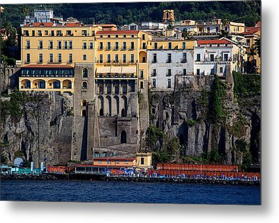 Metal Print featuring the photograph Sorrento Coast Line by Uri Baruch