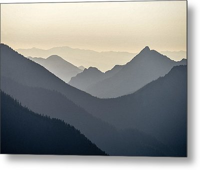 Sostice In The Olympic Mountains Metal Print by Ronda Broatch