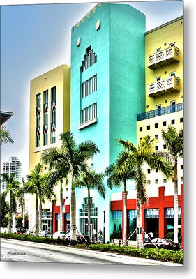 South Beach Metal Print by Michelle Wiarda