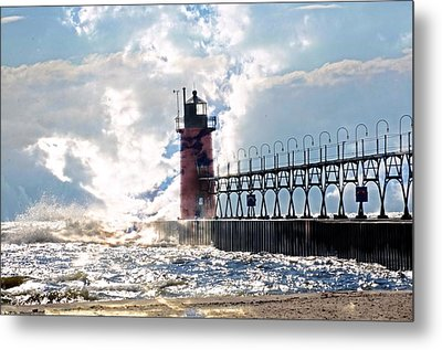 South Haven Lighthouse Metal Print by Cheryl Cencich