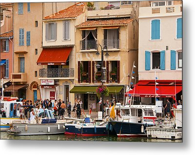 South Of France Fishing Village Metal Print by Bob Phillips