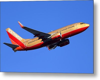 Southwest Boeing 737-7h4 N792sw Phoenix Sky Harbor December 22 2014  Metal Print by Brian Lockett