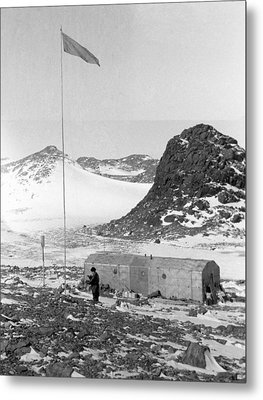 Soviet 'oasis' Antarctic Station, 1958 Metal Print by Science Photo Library