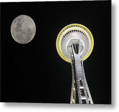 Metal Print featuring the photograph Space Needle by David Gleeson