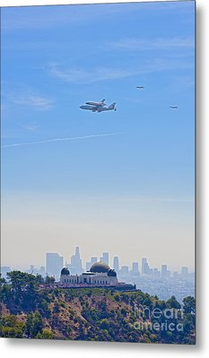 Space Shuttle Endeavour And Chase Planes Over The Griffith Observatory Metal Print by David Zanzinger