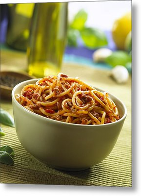 Spaghetti Bolognese Metal Print by Science Photo Library