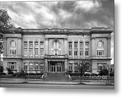 Spalding University Center Metal Print by University Icons