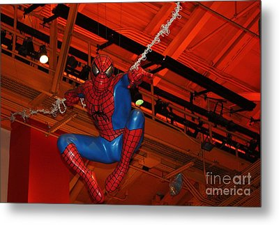 Spiderman Swinging Through The Air Metal Print by John Telfer