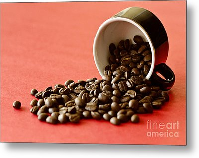 Spill The Beans Metal Print by Dee Cresswell