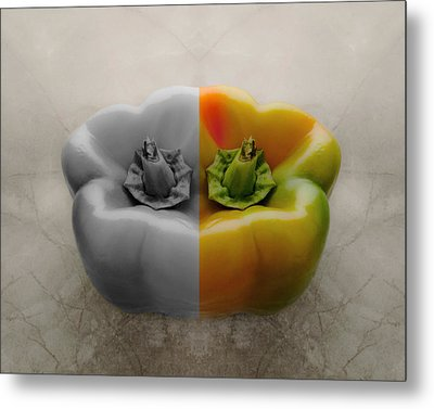 Split Pepper Metal Print