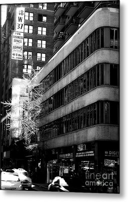 Spring In Manhattan Metal Print by James Aiken