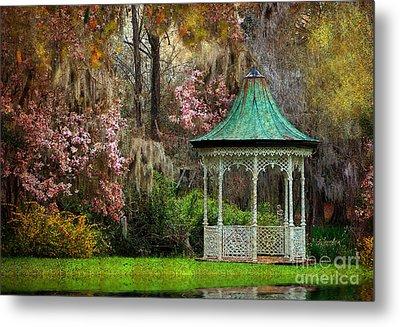 Spring Magnolia Garden At Magnolia Plantation Metal Print by Kathy Baccari