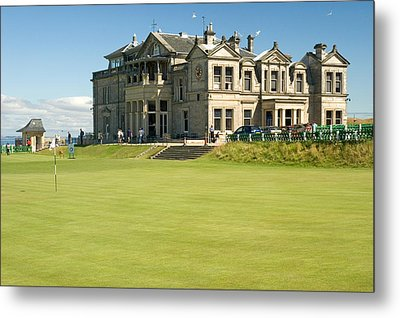 St Andrews Final Green And Clubhouse  Metal Print