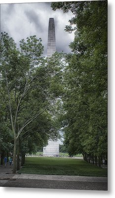Metal Print featuring the photograph St Louis Arch by Lynn Geoffroy