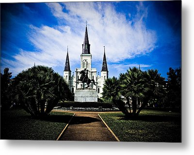 Metal Print featuring the photograph St Louis Cathedral In Jackson Square by Ray Devlin
