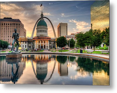 St. Louis Skyline Morning Reflections Metal Print
