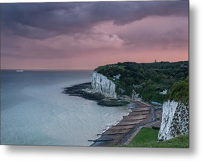 St Margarets Bay Dover Metal Print by Ian Hufton