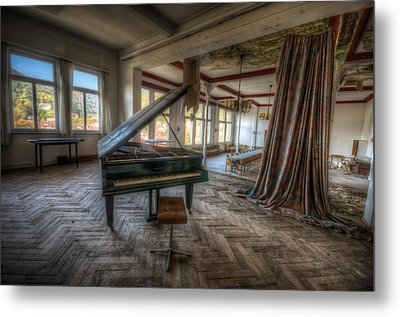 Stage View Metal Print by Nathan Wright