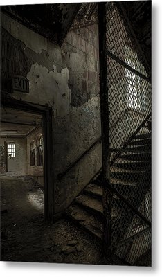 Stairs And Corridor Inside An Abandoned Asylum Metal Print by Gary Heller