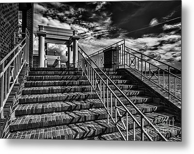 Stairway At Montgomery Museum Of Fine Arts Metal Print by Danny Hooks