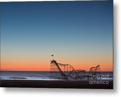 Star Jet Roller Coaster Hdr Metal Print by Michael Ver Sprill