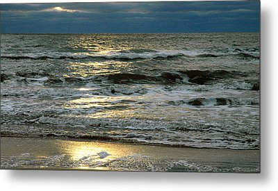 Star Shine Metal Print by Allen Carroll
