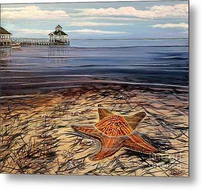 Starfish Drifting Metal Print by Marilyn  McNish