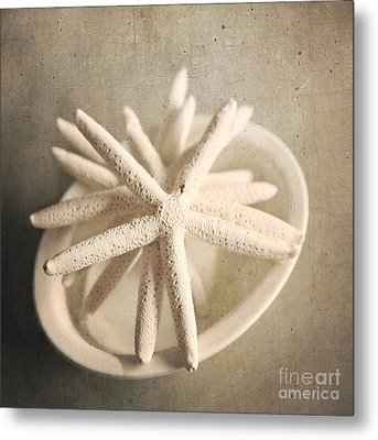 Metal Print featuring the photograph Starfish In A Bowl by Sylvia Cook