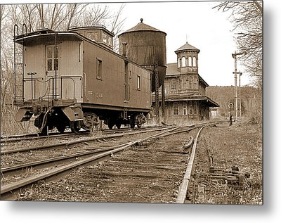 Station Portrait Metal Print by Mike Flynn