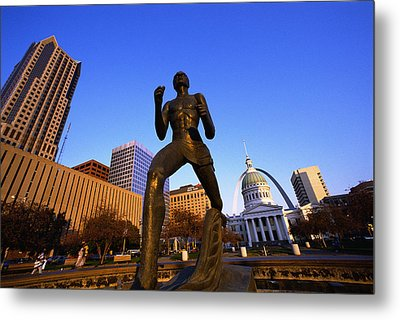 Statue Near Old Courthouse St Louis Mo Metal Print