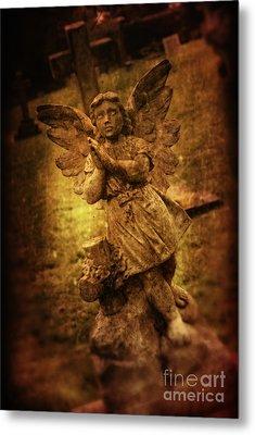 Statue Of Angel Metal Print by Amanda Elwell