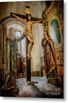 Statue Of Jesus Metal Print by Adrian Evans