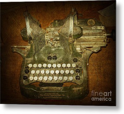 Steampunk Antique Typewriter Oliver Company Metal Print