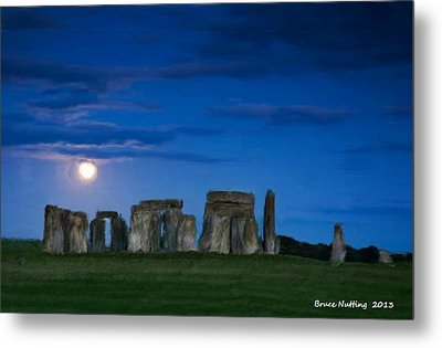 Metal Print featuring the painting Stonehenge At Night by Bruce Nutting