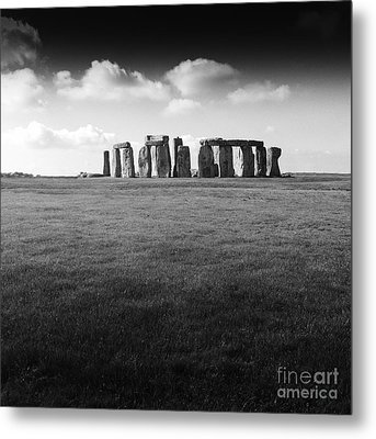 Stonehenge Metal Print by Michael Canning