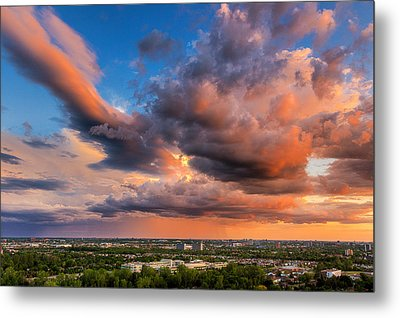 Storm Approaching Metal Print by Celso Bressan