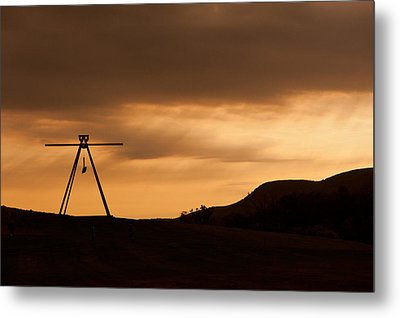 Storm King Metal Print by Terry Cosgrave