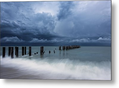 Storm's A Comin' Metal Print by Mike Lang