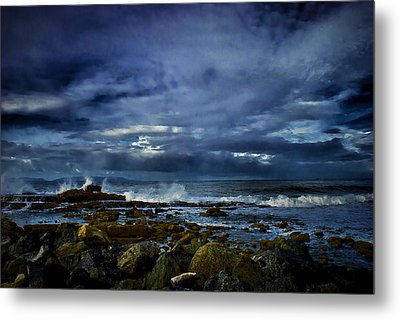 Metal Print featuring the photograph Stormy Beach by Joseph Hollingsworth